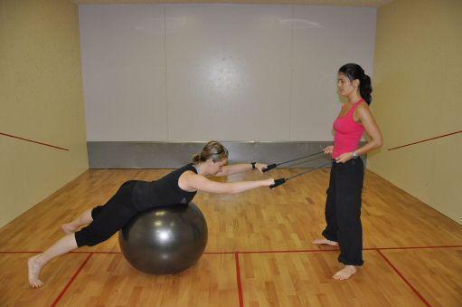 Miért érdemes személyi edzővel edzeni?